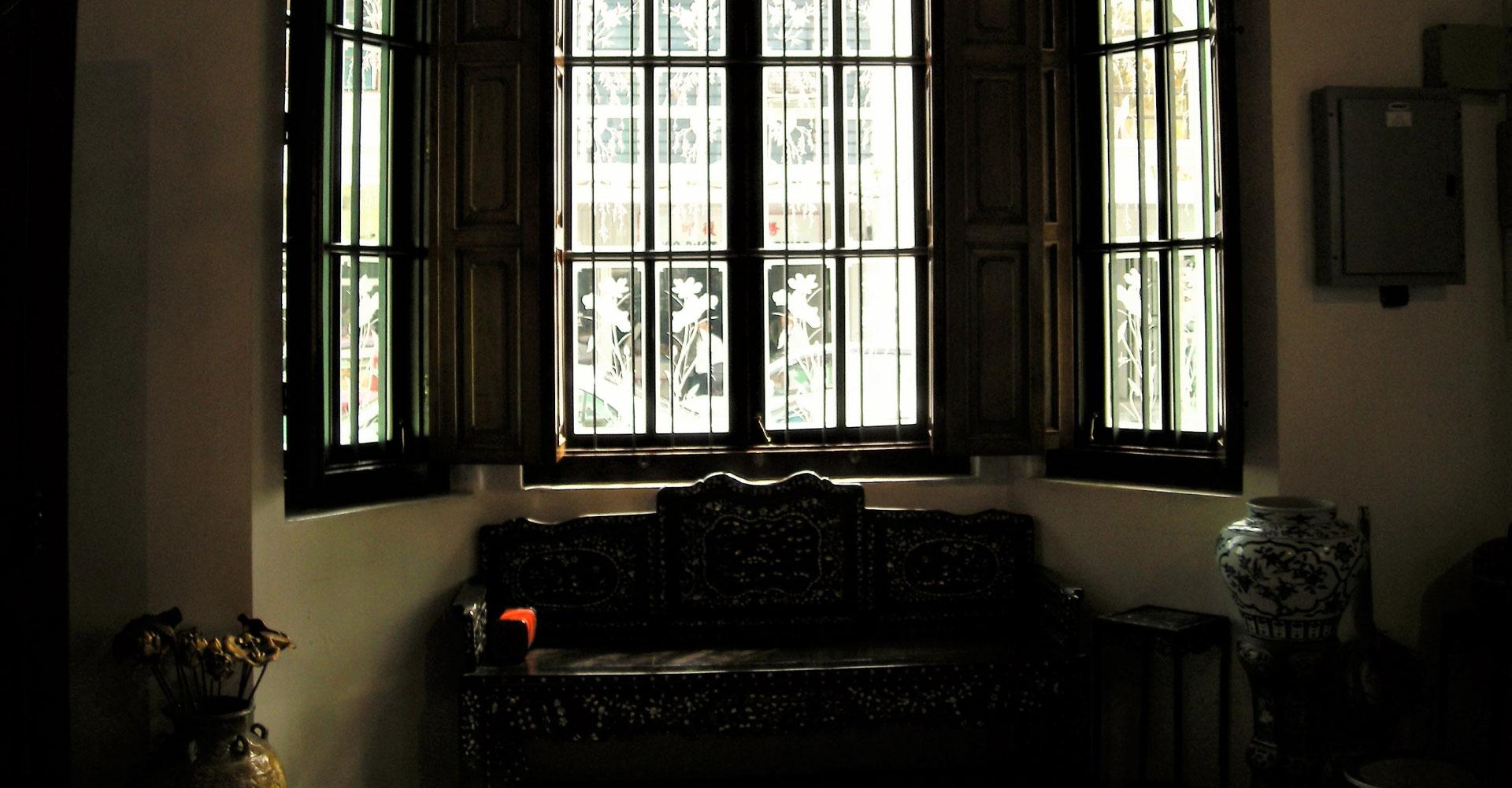 |店舗用ソファ椅子・オリジナルソファの萬扇