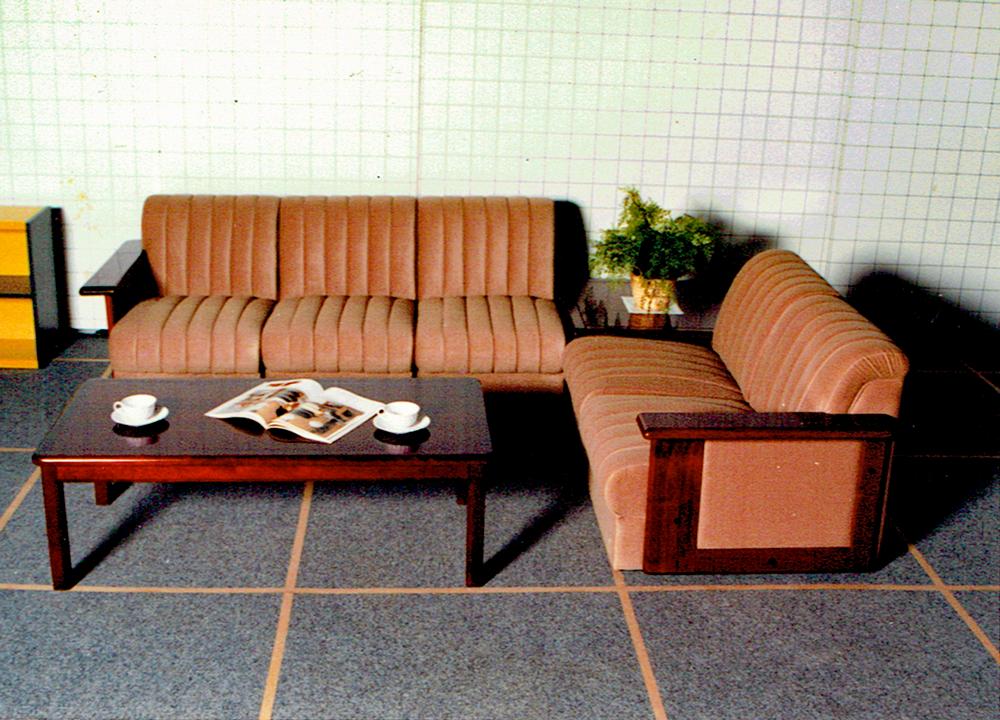 店舗用ソファ椅子・オリジナルソファの萬扇